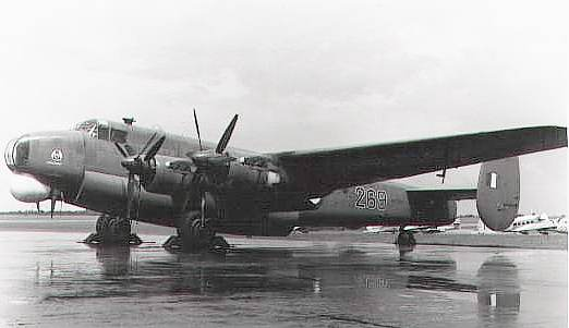 Shackleton VP287 of 269 Squadron